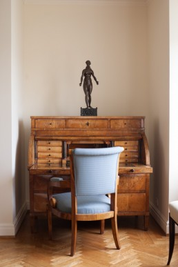 Interior Photos of Nude Bronze Figurine on Desk at Elizabeth Barlow Roger Home NYC
