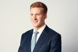 New York Corporate Headshots | Modern Headshots of Young Financial Executive NYC