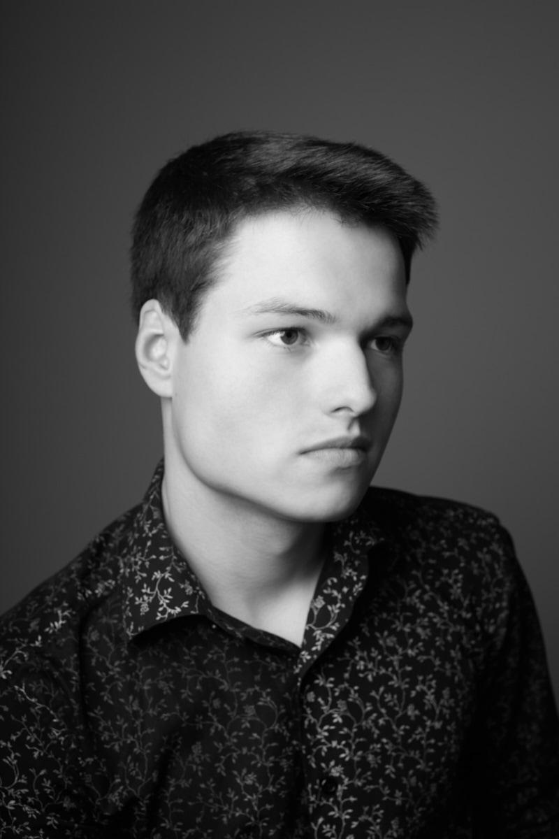 Model Headshots Dallas | Black and white headshot of male model from Russia