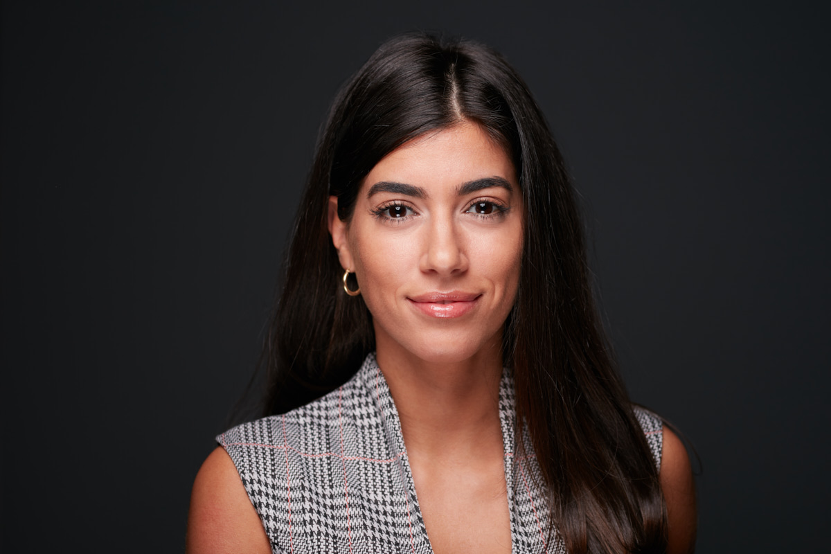 New York City Actors Headshots | Headshot of Latina actor in studio