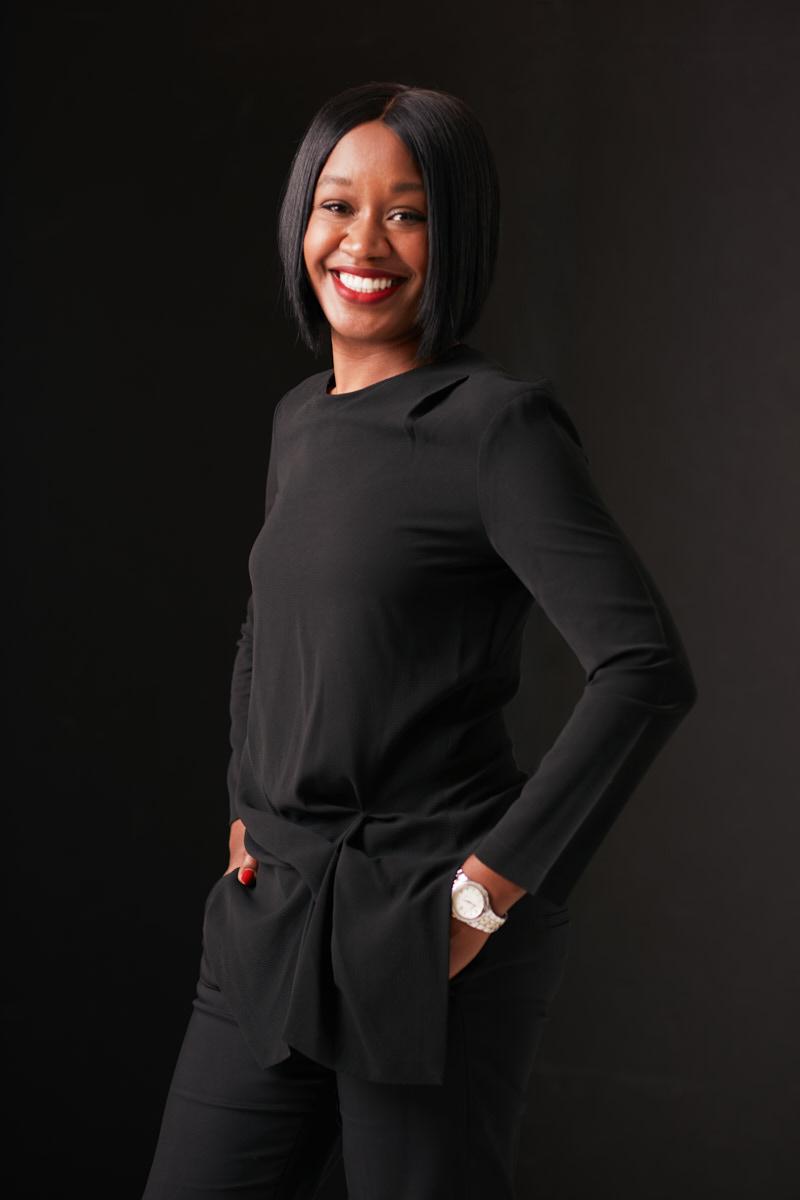 Modern Portraits and Headshots New York City | Studio Portrait of Young Black Woman