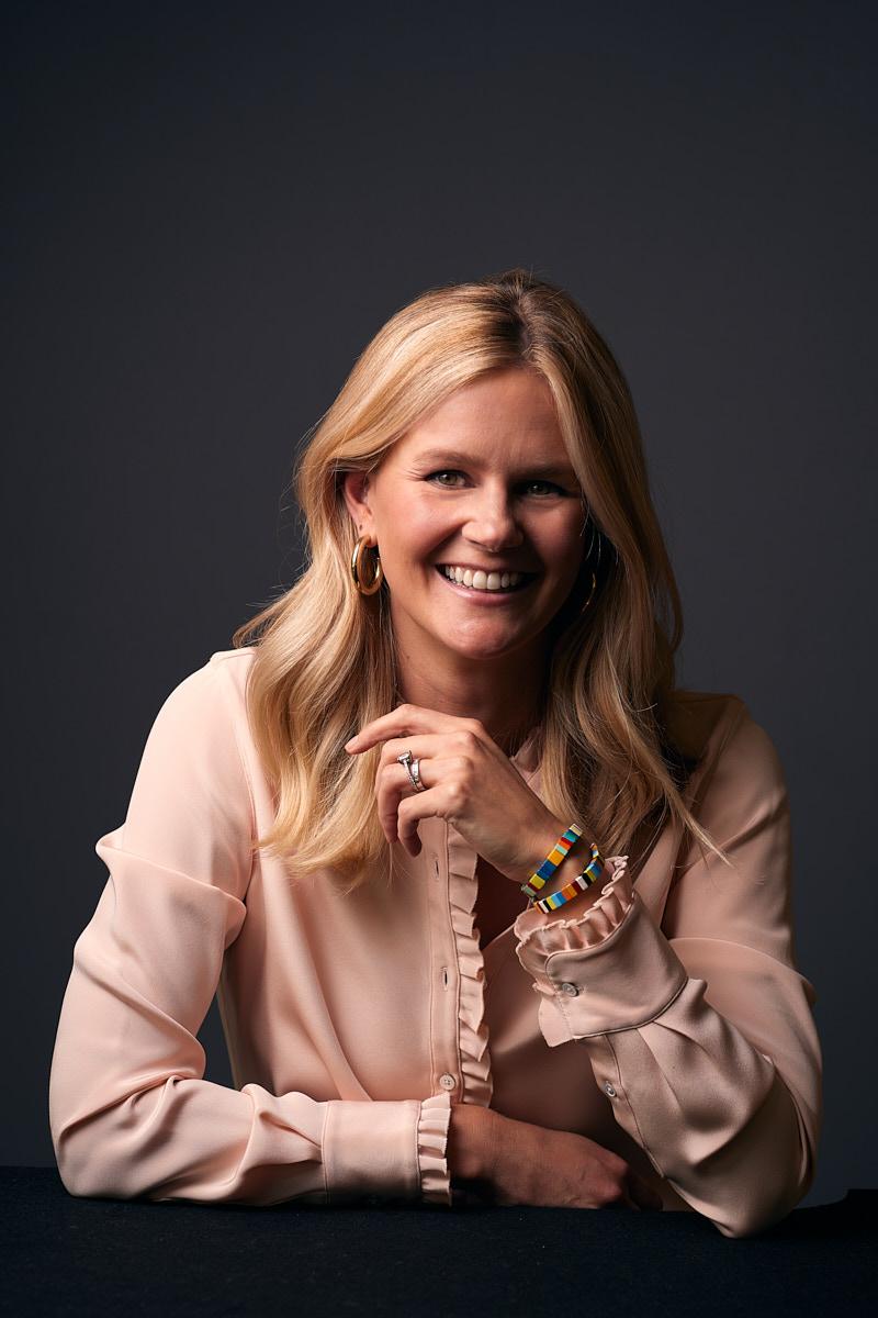 Professional Women Headshots of Dallas Texas Businesswoman in Studio | Estate Five Media