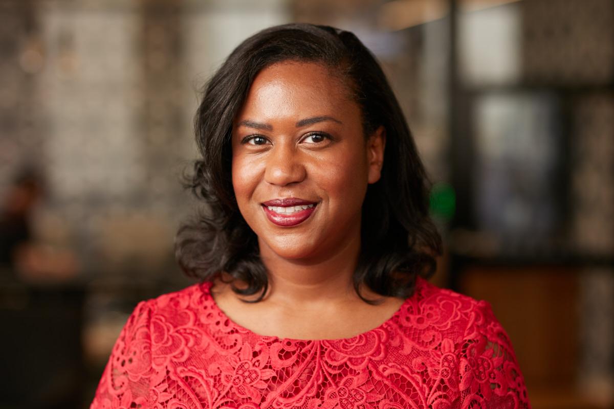 Environmental Office Headshots of Woman Executive   Dallas Headshot Photographer